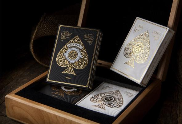 Best-gifts-for-poker-players-Artisan-Playing-Cards